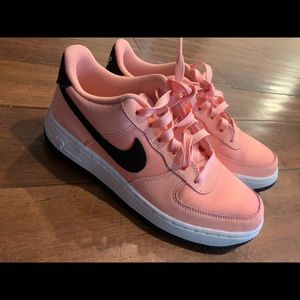 Nike Airforce - Coral and Black, brand new cond